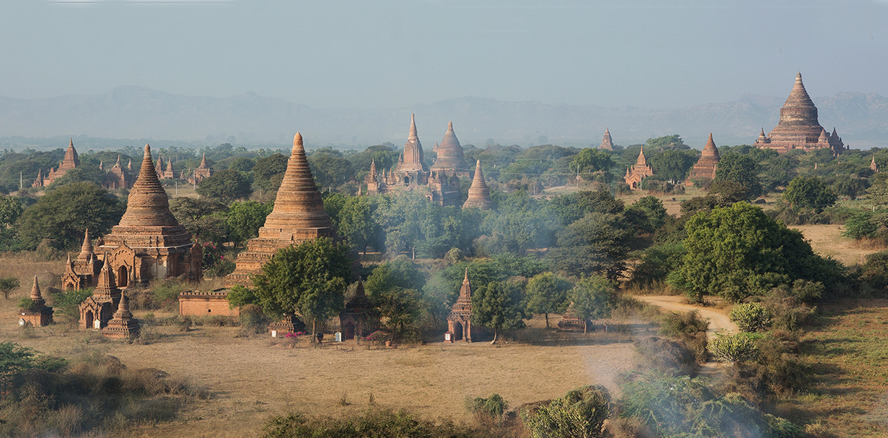 Foto Bagan panorama door ElaineS