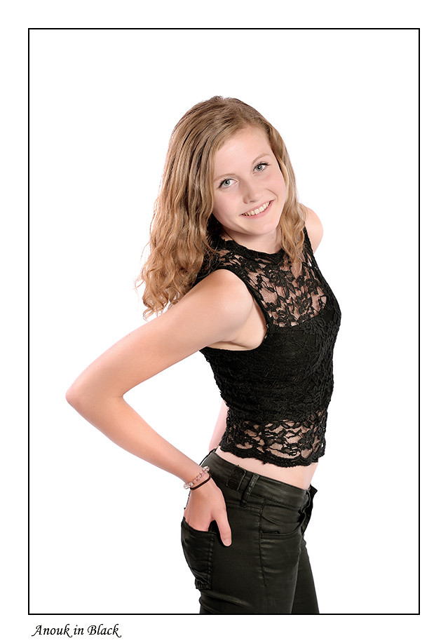 Foto Anouk in Black door Qpic
