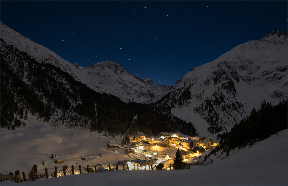 Foto Otztal by night door fm0099