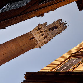 Foto Church tower in Siena door Qpic
