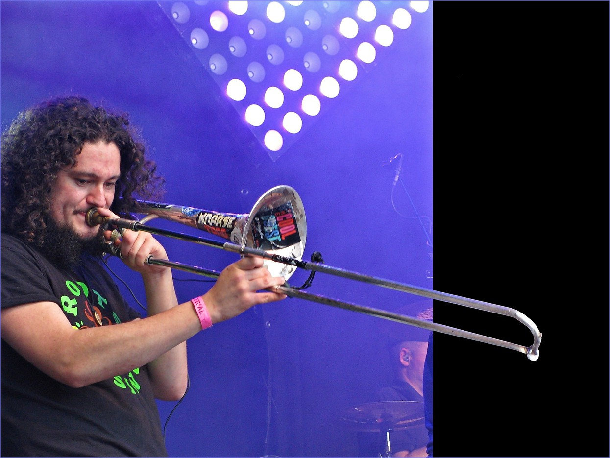 Foto Trombonist Roots Creation door stompy