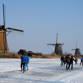 Foto Ice fun in Kinderdijk door Qpic