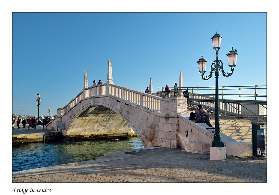 Foto Bridge in venice door Qpic