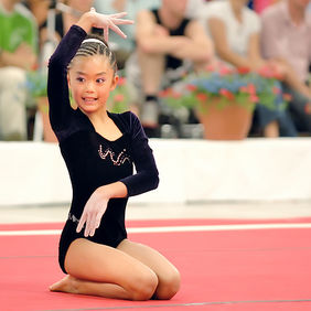 Foto Acrobatic gymnastics door Qpic